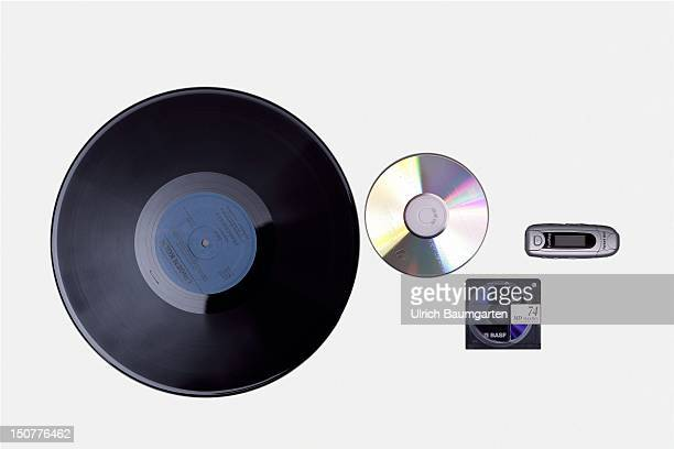 Vinyl CD Minidisc and MP3 player