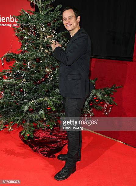 Vinzenz Kiefer attends the Medienboard PreChristmas Party at Schwuz on December 1 2016 in Berlin Germany