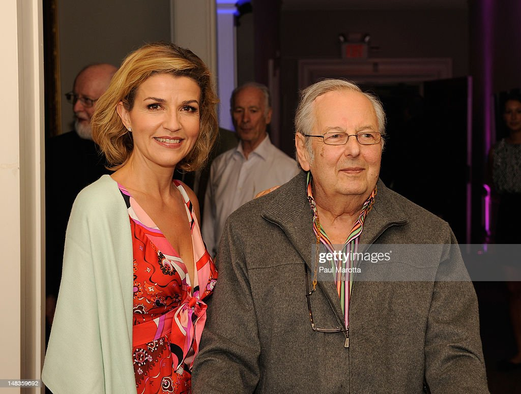 Violinist <a gi-track='captionPersonalityLinkClicked' href=/galleries/search?phrase=Anne-Sophie+Mutter&family=editorial&specificpeople=784120 ng-click='$event.stopPropagation()'>Anne-Sophie Mutter</a> and <a gi-track='captionPersonalityLinkClicked' href=/galleries/search?phrase=Andre+Previn&family=editorial&specificpeople=890306 ng-click='$event.stopPropagation()'>Andre Previn</a> attend the Tanglewood 75th Anniversary Gala And Party on July 14, 2012 in Lenox, Massachusetts.