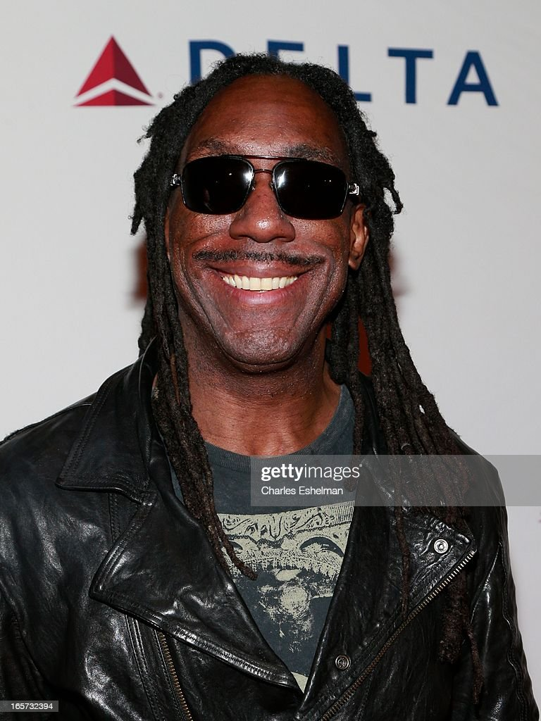 Violinist Boyd Tinsley attends The Friars Club Roast Honors Jack Black at New York Hilton and Towers on April 5, 2013 in New York City.