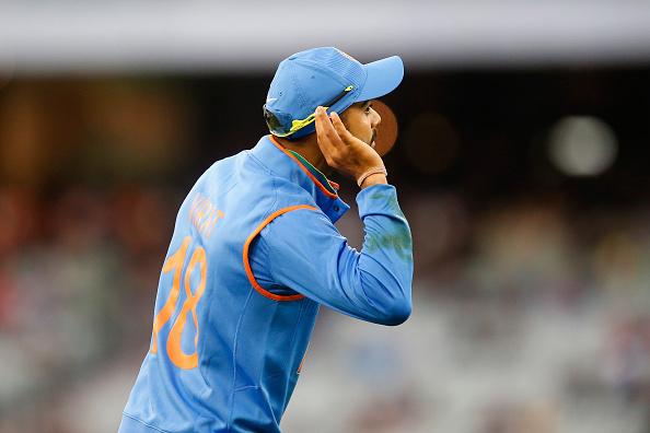 Australia v India: Carlton Mid ODI Tri Series - Game 2 : News Photo