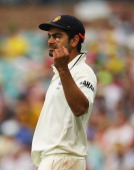 Virat Kohli of India gestures with his middle finger to the crowd during day two of the Second Test Match between Australia and India at the Sydney...