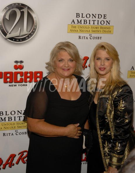 Virgie Arthur and Rita Cosby at The 21 Magazine