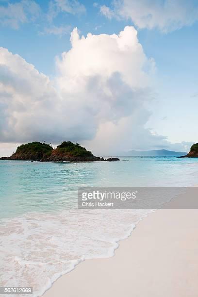USA, Virgin Islands, Trunk Bay, St. John, Scenic view of beach by sea
