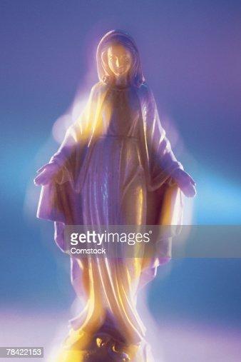 Virgin Mary statue : Stock Photo