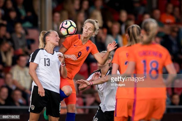 Virginia Kirchberger of Austria Vivianne Miedema of the Netherlandsduring the friendly match between the women of The Netherlands and Austria at at...