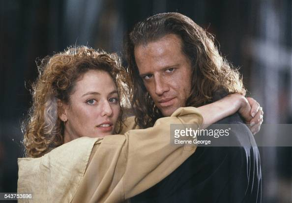 Virginia Madsen and Americanborn actor Christopher Lambert on the set of 'Highlander II The Quickening' directed by Russell Mulcahy