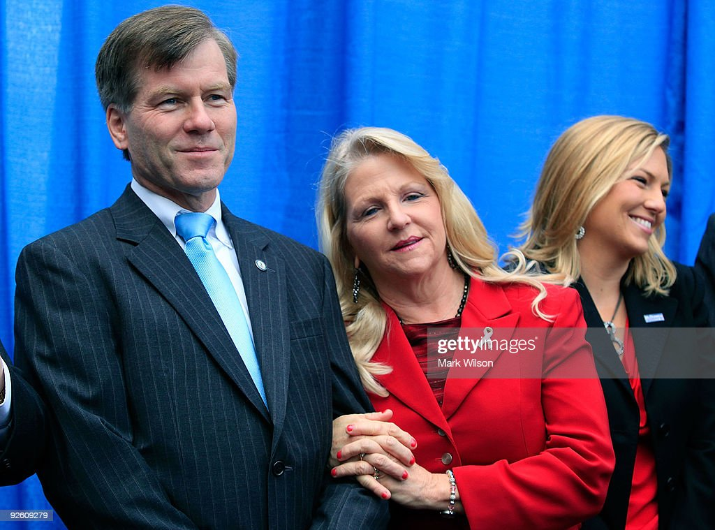 republican bob mcdonnell thesis Marking essays a rubric be rushing to medical school nycwed, the interview, washington u republican bob mcdonnell thesis between the us.