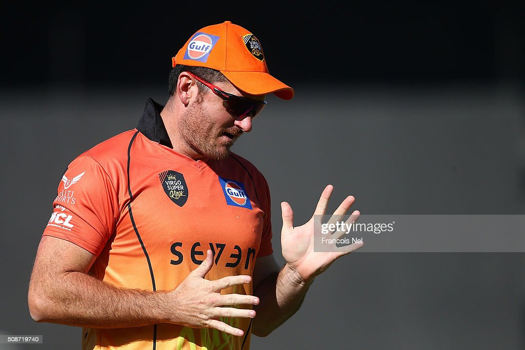 Virgo Super Kings Captain <a gi-track='captionPersonalityLinkClicked' href=/galleries/search?phrase=Graeme+Smith&family=editorial&specificpeople=193816 ng-click='$event.stopPropagation()'>Graeme Smith</a> gestures during the Oxigen Masters Champions League match between Gemini Arabians and Virgo Super Kings on February 6, 2016 in Sharjah, United Arab Emirates.