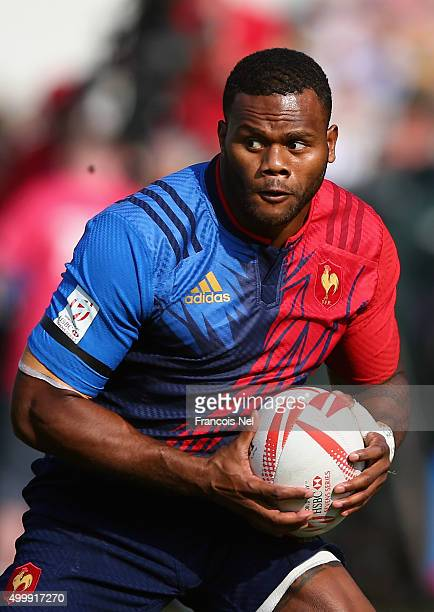 Virimi Vakatawa of France in action against the USA during the Emirates Dubai Rugby Sevens HSBC World Rugby Sevens Series on December 4 2015 in Dubai...