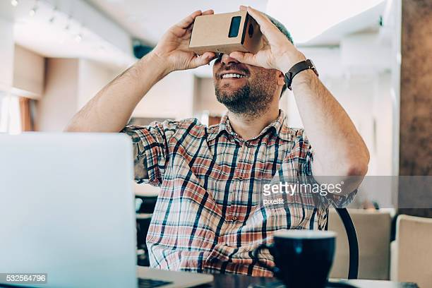 La réalité virtuelle dans le Café boutique