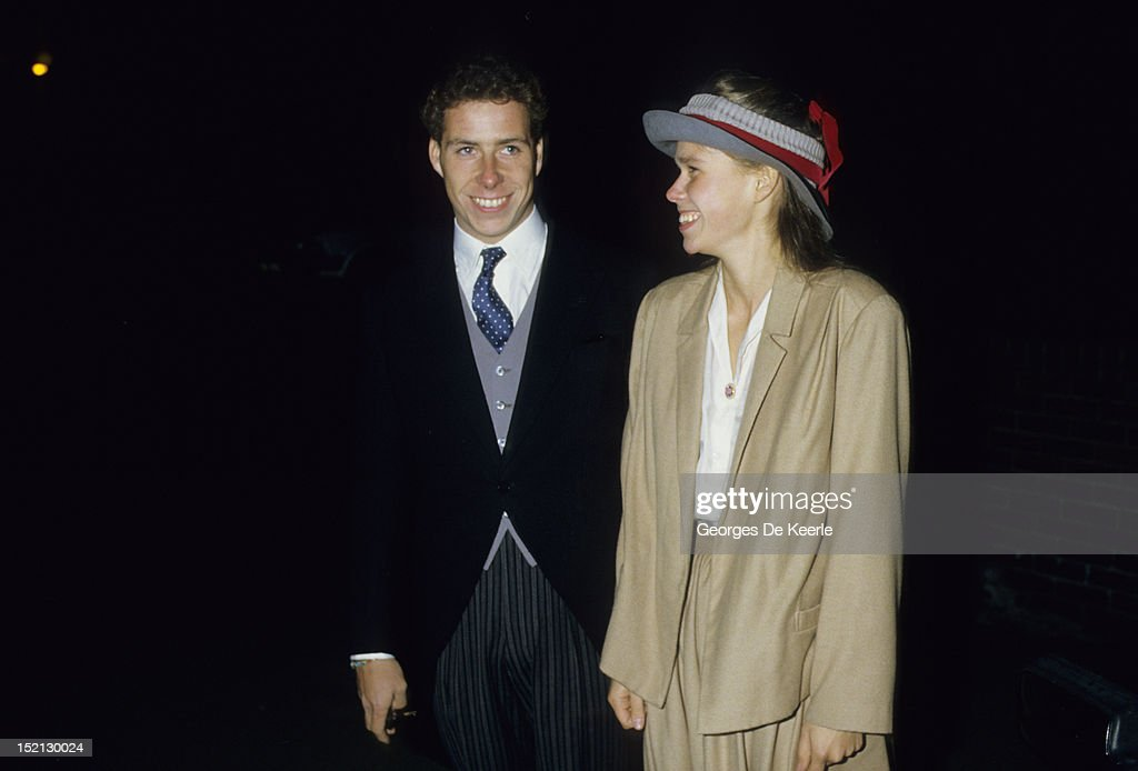 Viscount Linley and Lady Sarah Armstrong Jones attend the Knatchbull and Du Breuil wedding on November 3, 1984.