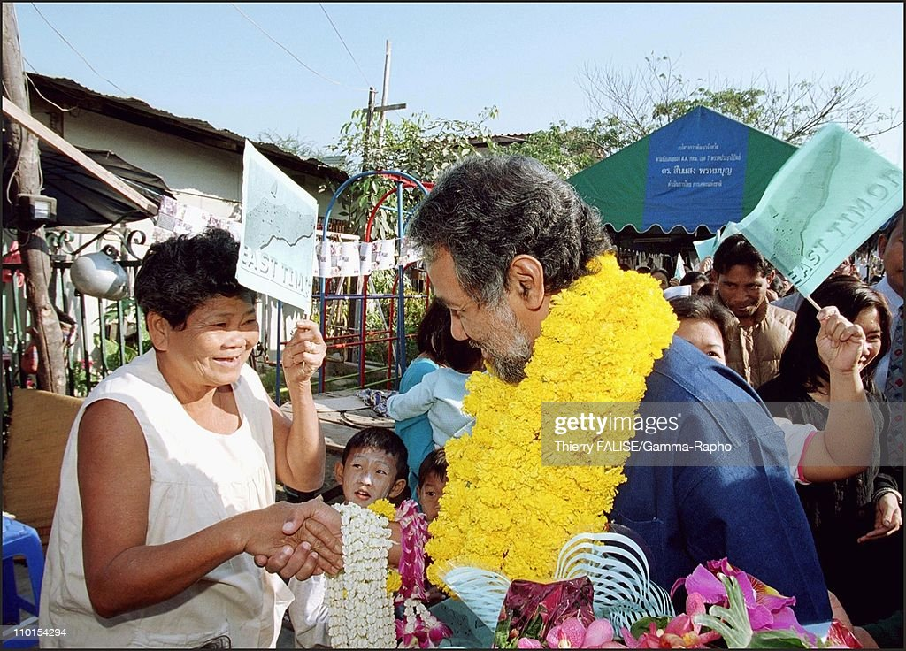 Visit of East Timor leader <a gi-track='captionPersonalityLinkClicked' href=/galleries/search?phrase=Xanana+Gusmao&family=editorial&specificpeople=223915 ng-click='$event.stopPropagation()'>Xanana Gusmao</a> in Bangkok, Thailand on February 01, 2000 - In a Bangkok slum.