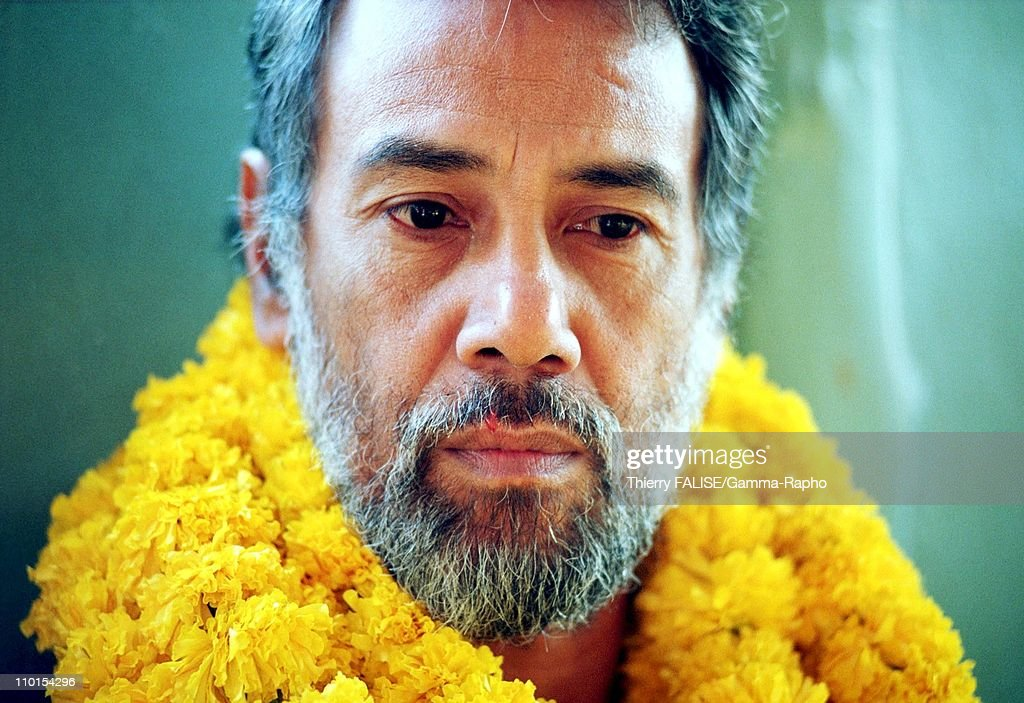 Visit of East Timor leader <a gi-track='captionPersonalityLinkClicked' href=/galleries/search?phrase=Xanana+Gusmao&family=editorial&specificpeople=223915 ng-click='$event.stopPropagation()'>Xanana Gusmao</a> in Bangkok, Thailand on February 01, 2000 - During a visit of a Bangkok's slum.