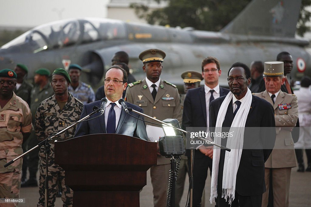 visit of the French President Francois Hollande in Mali 22 days after the beginging of the Serval Operation by the french Army against islamists, Francois Hollande and Malian President Dioncounda Traore at the airport of Bamako on February 2, 2013.