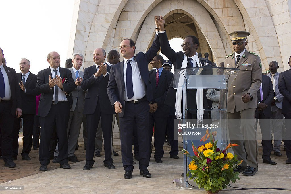 visit of the French President Francois Hollande in Mali 22 days after the beginging of the Serval Operation by the french Army against islamists, Francois Hollande, Malian President Dioncounda Traore, Minister of Foreign office Laurent Fabius and Minister of defense Jean-Yves Le Drian on the Independance Place of Bamako on February 2, 2013.