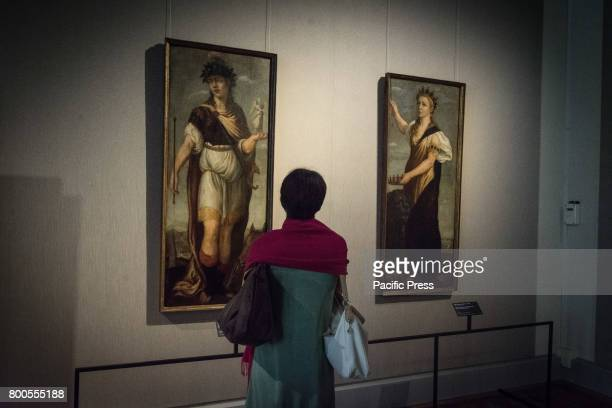 Visitor at the 'Giorgione And The Seasons of the Heart' exhibition in Rome The Exhibition which is based on two locations is built around the...