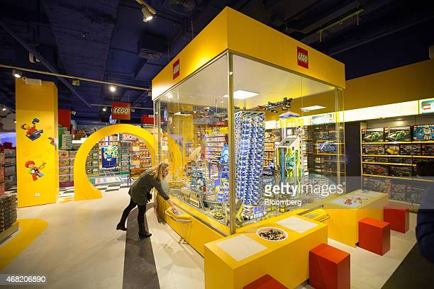 Large department store retail outlets stock photos and for Lago store outlet