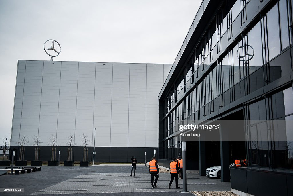 Automobile production at mercedes benz ag 39 s hungarian for Mercedes benz global