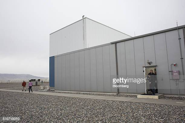 Visitors explore during a public tour of the Laser Interferometer GravitationalWave Observatory at the Hanford Site in Richland Washington US on...