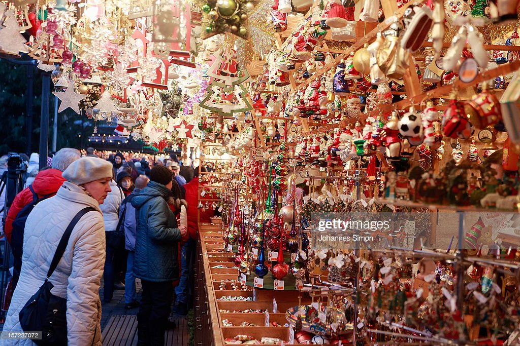 Traditional Decorations For Christmas In Germany :