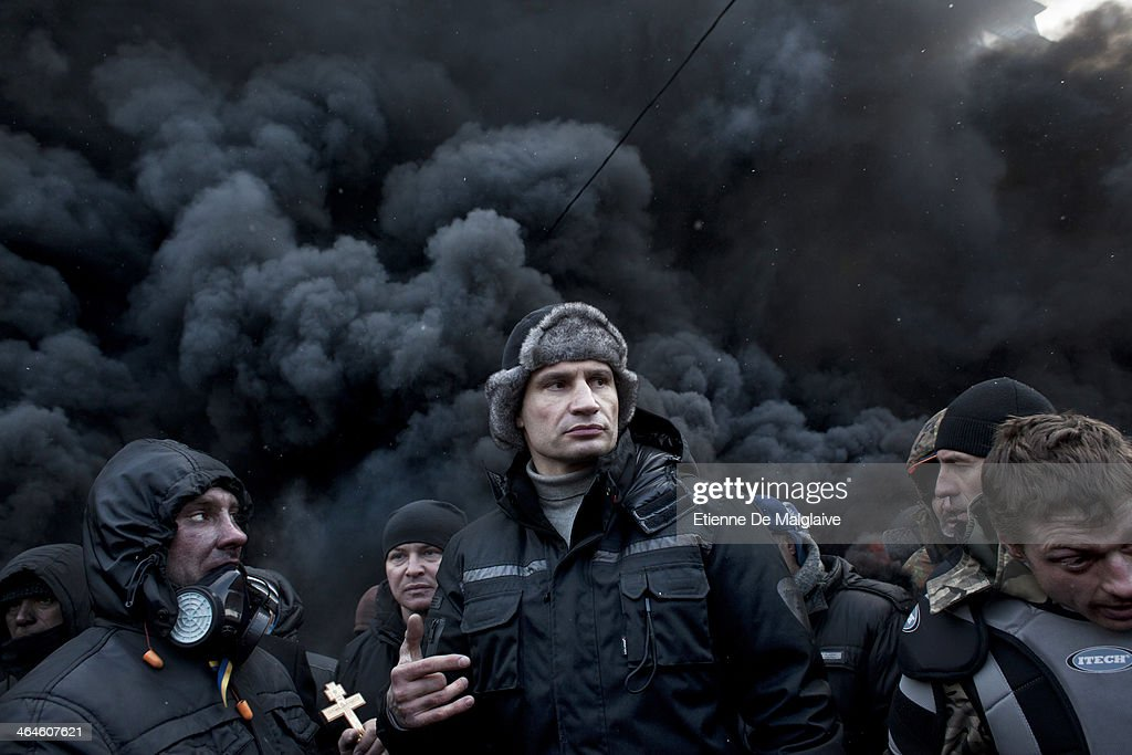 <a gi-track='captionPersonalityLinkClicked' href=/galleries/search?phrase=Vitali+Klitschko&family=editorial&specificpeople=206402 ng-click='$event.stopPropagation()'>Vitali Klitschko</a> , an opposition leader and former world champion boxer, visits the barricade on Hrushevskoho street in the morning to address protesters on January 23, 2014 in Kiev, Ukraine. Protests continue in Kiev, a day after three people were confirmed killed during the uprising that began as protests against the Ukrainian President Viktor F. Yanukovich snubbing the European Union free trade offer for a Russian offer.