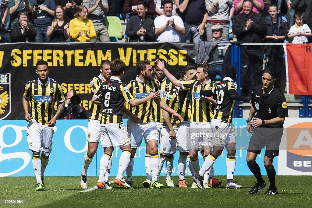 Vitesse celebrate the goal of Guram Kashia of Vitesse during the Dutch Eredivisie match between Vitesse Arnhem and FC Utrecht at Gelredome on May 01, 2016 in Arnhem, The Netherlands