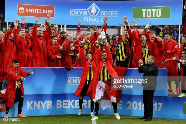 Vitesse's players celebrate after winning the Dutch Cup final football match against AZ Alkmaar in Rotterdam on April 30 2017 / AFP PHOTO / ANP /...