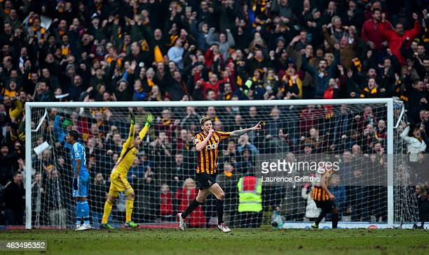 Vito Mannone of Sunderland appeals to the assistant referee as Jon Stead of Bradford celebrates scoring his team's second goal during the FA Cup...