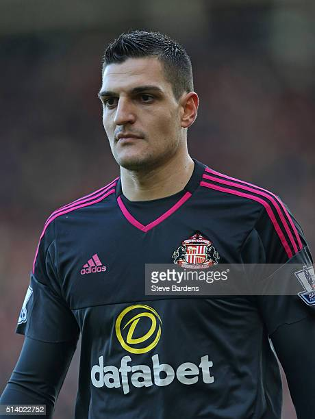 Vito Mannone of Sunderland during the Barclays Premier League match between Southampton and Sunderland at St Mary's Stadium on March 5 2016 in...