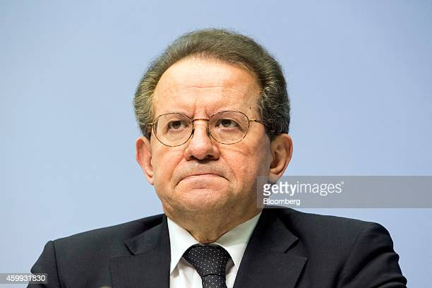 Vitor Constancio vice president of the European Central Bank pauses during a news conference to announce the bank's interest rate decision from the...