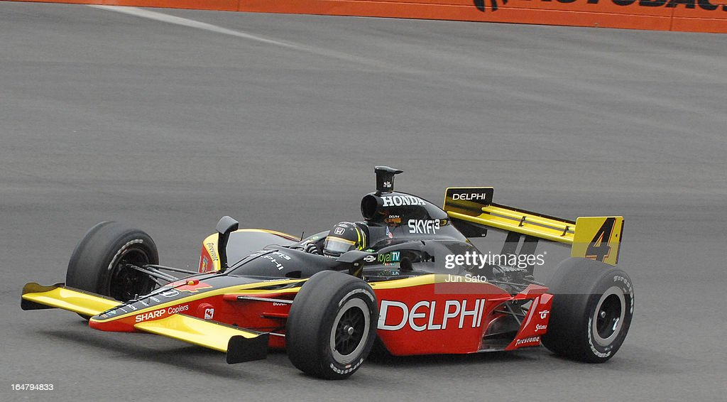 'Vitor Meira during race action at Bridgestone Indy Japan at Twin Ring Motegi on April 21, 2007 (Photo by Jun Sato/WireImage)'