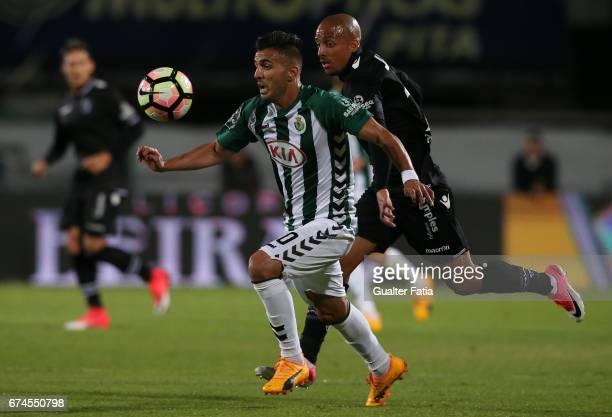Vitoria de Setubal's forward Ze Manuel with Vitoria Guimaraes' defender Bruno Gaspar in action during the Primeira Liga match between Vitoria Setubal...