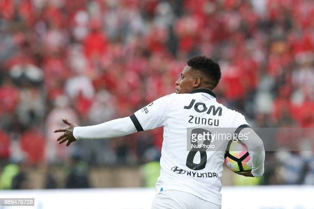 Vitoria SC's midfielder Bongani Zungu celebrates his goal during the Portugal Cup football final match between SL Benfica vs Vitoria SC at Jamor...