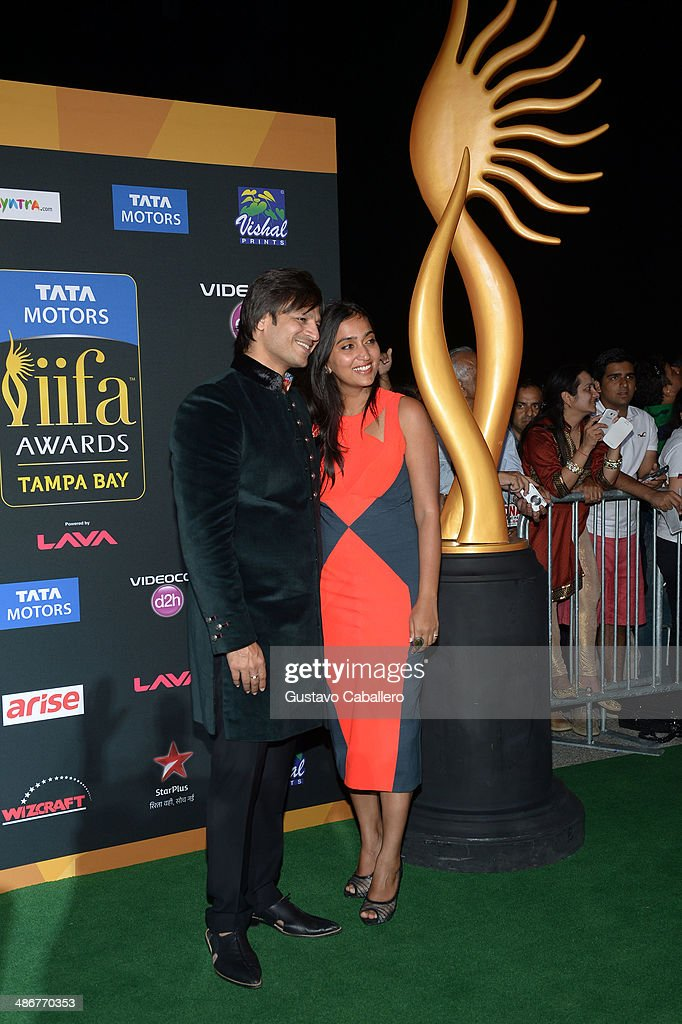 <a gi-track='captionPersonalityLinkClicked' href=/galleries/search?phrase=Vivek+Oberoi&family=editorial&specificpeople=627274 ng-click='$event.stopPropagation()'>Vivek Oberoi</a> and Priyanka Alva Oberoi arrive to the IIFA Magic of the Movies at MIDFLORIDA Credit Union Amphitheatre on April 25, 2014 in Tampa, Florida.