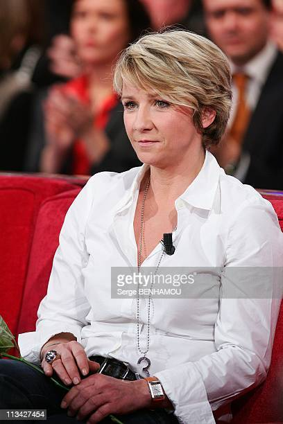 'Vivement Dimanche' Tv Show In Paris France On February 11 2009 Ariane Massenet