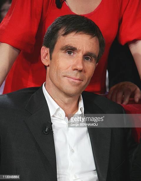 'Vivement Dimanche' Tv Show In Paris France On October 15 2008 David Pujadas