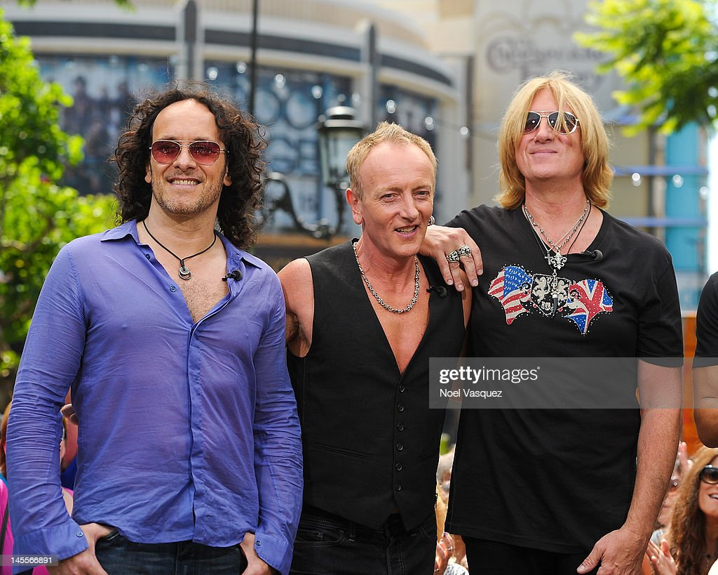 "Def Leppard On ""Extra"""