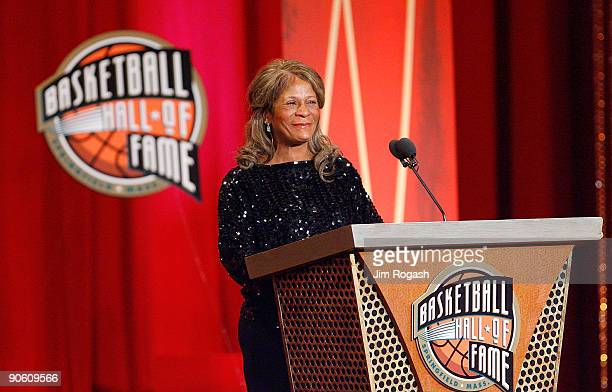 C Vivian Stringer is inducted into the Naismith Memorial Basketball Hall of Fame during an induction ceremony on September 11 2009 in Springfield...