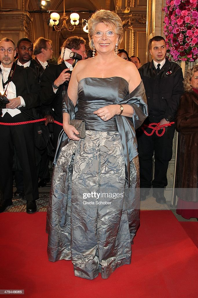 <a gi-track='captionPersonalityLinkClicked' href=/galleries/search?phrase=Viviane+Reding&family=editorial&specificpeople=240083 ng-click='$event.stopPropagation()'>Viviane Reding</a> attends the traditional Vienna Opera Ball (Wiener Opernball) at Vienna State Opera on February 27, 2014 in Vienna, Austria.