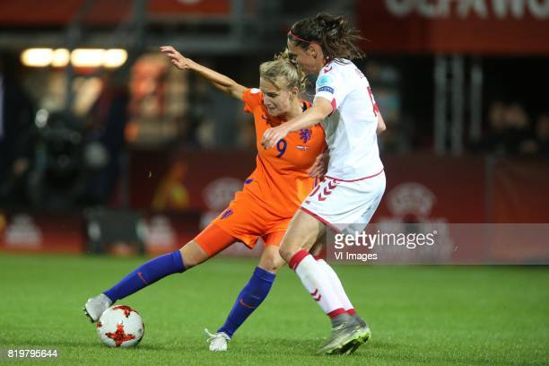 Vivianne Miedema of Holland Women Simone Boye Sorensen of Denmark women during the UEFA WEURO 2017 Group A group stage match between The Netherlands...
