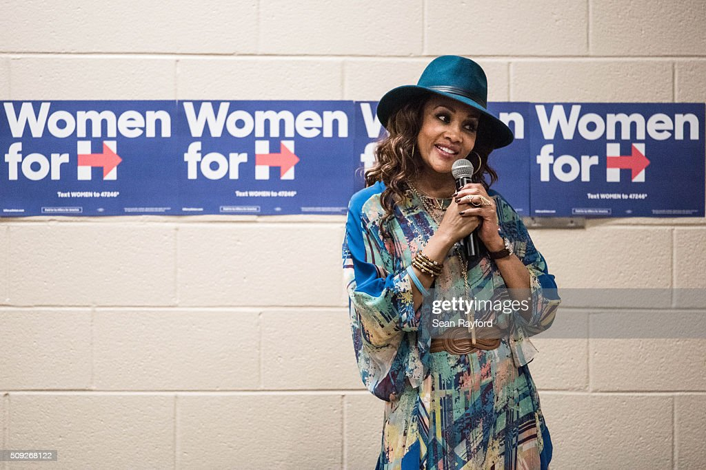 Vivica Fox signs autographs at Denmark Technical College while campaigning for Democratic presidential candidate Hillary Clinton Tuesday, Feb. 9, 2016 in Denmark, South Carolina.