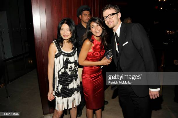 Vivienne Tam Emmanuelle Chriqui and Justin Timberlake attend CFDA AWARDS 2009 INSIDE at Alice Tully Hall on June 15 2009 in New York