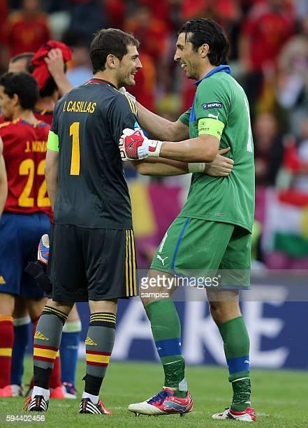 Iker Casillas Gianluigi Buffon Fussball EM 2012 Spanien Italien UEFA EURO 2012 Group C Spain vs Italy 10612