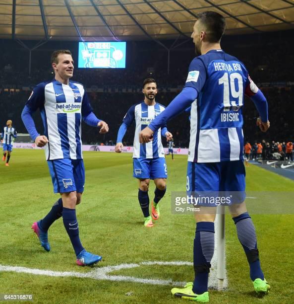 Vladimir Darida Marvin Plattenhardt and Vedad Ibisevic of Hertha BSC celebrate after scoring the 10 during the game between Hertha BSC and the...