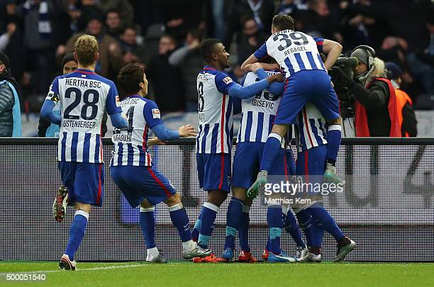 Vladimir Darida of Berlin jubiltaes with team mates after scoring the first goal during the Bundesliga match between Hertha BSC and Bayer Leverkusen...
