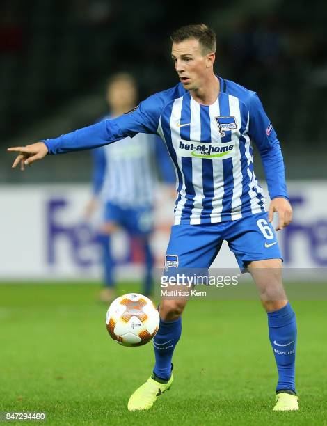 Vladimir Darida of Berlin runs with the ball during the UEFA Europa League group J match between Hertha BSC and Athletic Bilbao at Olympiastadion on...