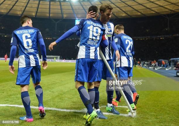 Vladimir Darida Vedad Ibisevic Sebastian Langkamp and Marvin Plattenhardt of Hertha BSC celebrate after scoring the 10 during the game between Hertha...