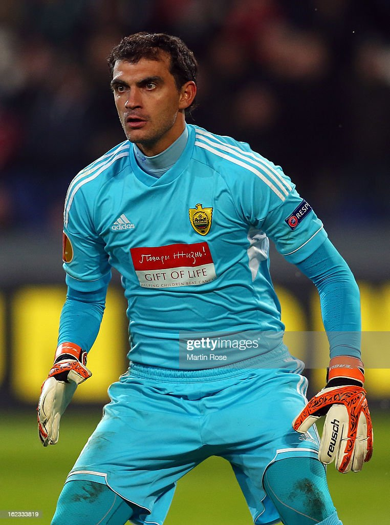 Vladimir Gabulov, goalkeeper of Makhachkala reacts during the UEFA Europa League Round of 32 second leg match between Hannover 96 and Anji Makhachkala at AWD Arena on February 21, 2013 in Hannover, Germany.