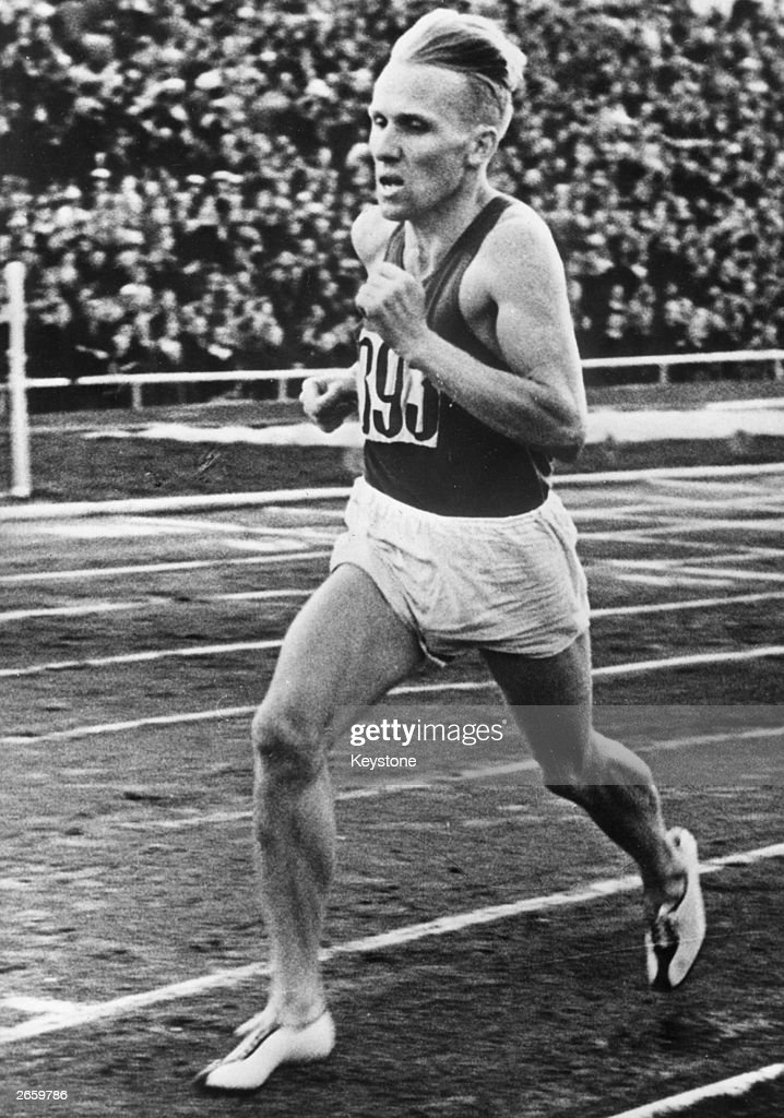 Vladimir Kuts of the USSR on his way to winning the 10,000 metres at the 1956 Olympic Games in Melbourne.